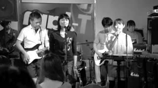 小倉 T-JAM & Cafe でのライブです。Monochromeで仕上げてみました! WO...