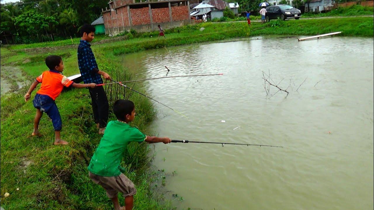 Amazing boy catching big catfish by hook - fishing by hook - Fishing Videos (Part-560)