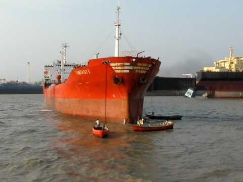 Bangladesh ship breakers