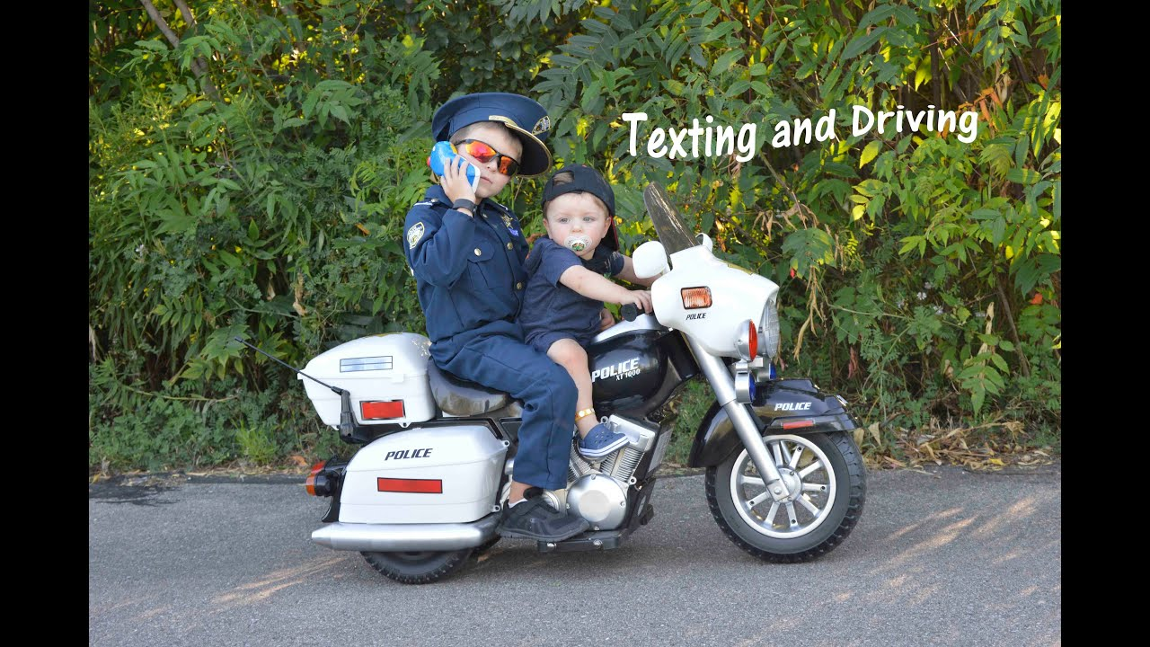 Little Heroes Kid Motorz Police Motorcycle Kid Cops Texting and ...