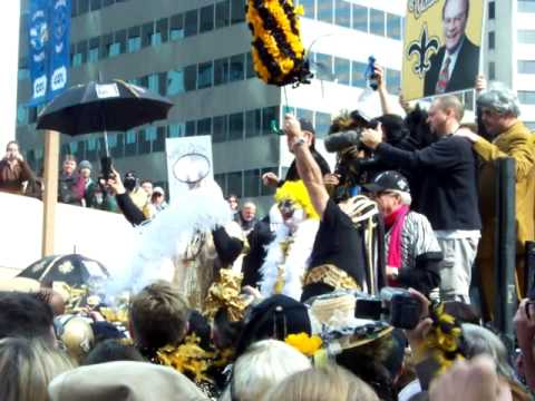 Bobby Hebert Starts the Parade