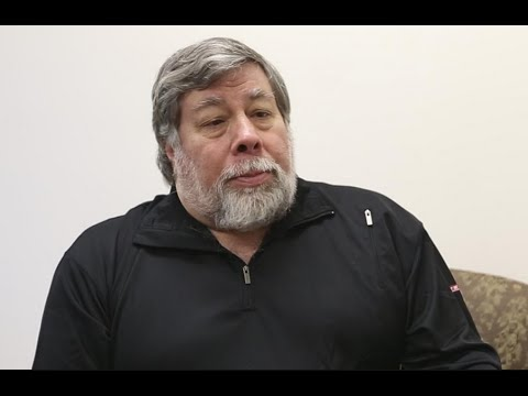 Apple Co-Founder Steve Wozniak Warns Artificial Intelligence May Enslave Humans