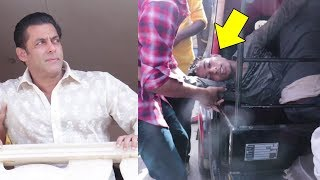 Salman Khan Emotional FAN Fell Unconscious Outside Galaxy Apartment thumbnail