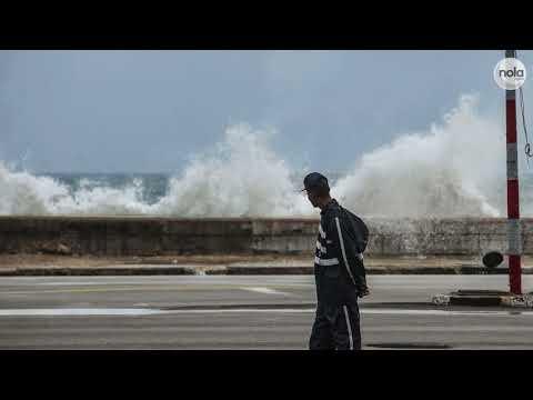 Hurricane Irma's 36-feet Waves Slam Havana