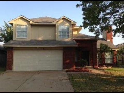 Dallas Homes for Rent: Grand Prairie Home 3BR/2.5BA by Dallas Property Management