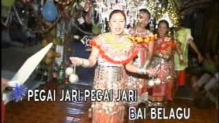 Kajat Pegai Jari - Angela Lata Jua & Achan