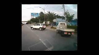 어두운 도로에서 K5 새차고사, 경찰단속에 도주하는 오…
