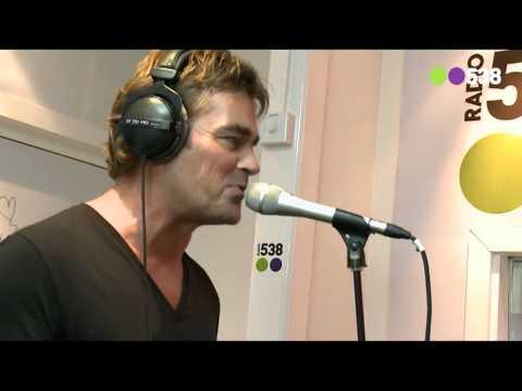 Jeroen van der Boom - Jij bent zo (live in de Frank en Vrijdag Show)