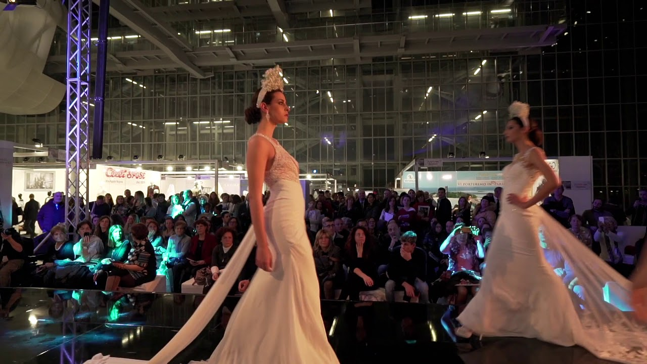 c11e0f1d68f8 Sfilata Collezioni 2018 Radiosa Atelier Aprilia  Sposa  Sposo  Cerimonia