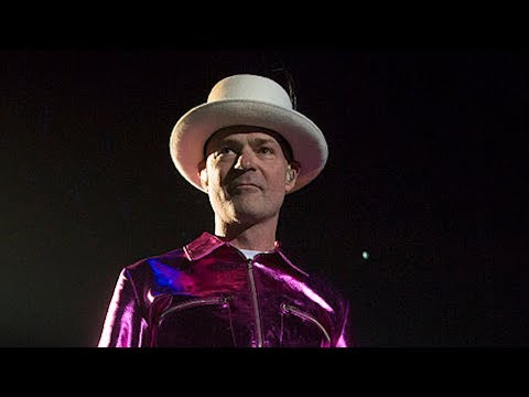 The Tragically Hip singer Gord Downie dies of cancer at 53