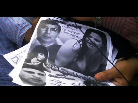 مناظر ساخنة لإلهام شاهين يعرضها عبد الله بدر