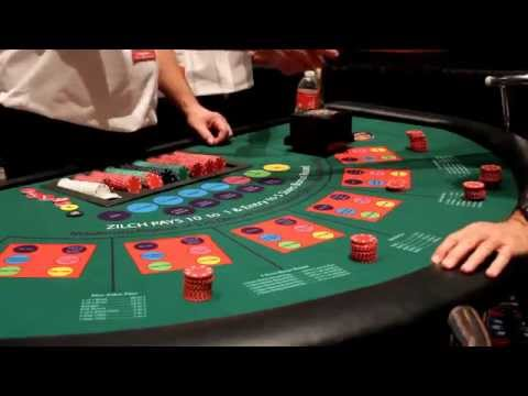 How to Play On a Roll Dice Poker