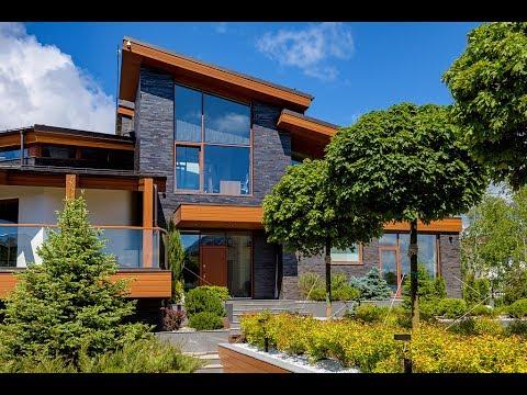 Дом в поселке Монтевиль
