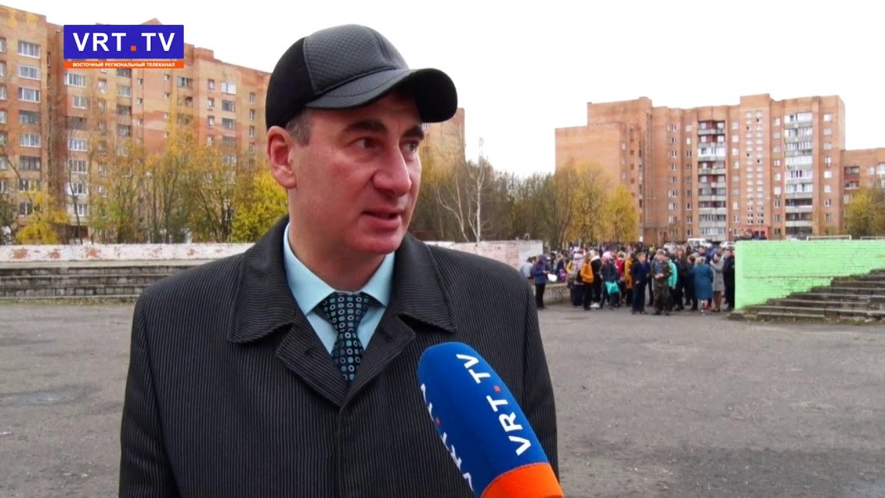 Из лицея №7 эвакуировали всех учеников и сотрудников образовательного учреждения.