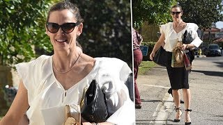 Jennifer Garner Welcomes Ben's Mom For Church In The Palisades