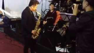 Cs Bằng Kiều chơi saxophone - Liveshow Để nhớ một thời - Bằng Kiều và những người bạn:
