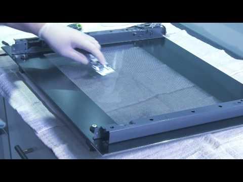 reiniging van een ovendeur youtube. Black Bedroom Furniture Sets. Home Design Ideas