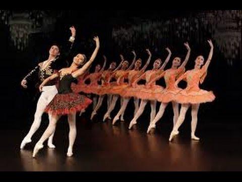 Ballet   com a  Bailarina Cidinha  no Teatro   Municipal em Sao Paulo