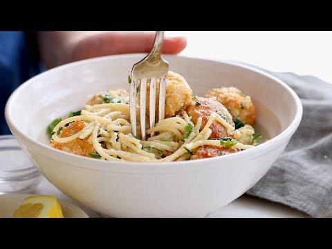 Garlic Herb Spaghetti with Baked Chicken Meatballs