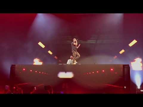 The Chainsmokers - Everybody Hates Me @ Chile 2018 Movistar Arena