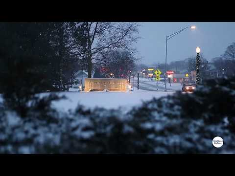 Wartburg College - Christmas snow