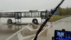 Bus wendet mitten auf der A9