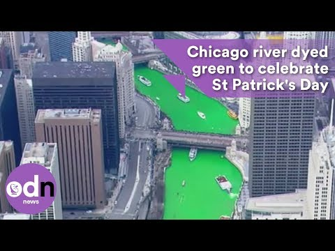 Chicago river dyed green to celebrate St Patrick's Day