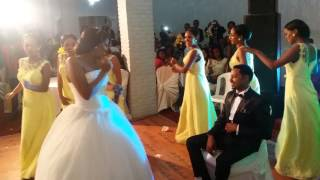 Best Ethiopian Bride singing her husband