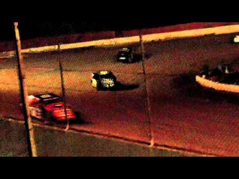 lake cumberland speedway 10 21 11 open wheel heat 1 part 2