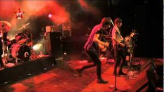 The Horrors - Can't control myself  live France 2010