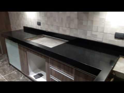 Cocina en granito negro absoluto youtube - Cocinas en negro ...