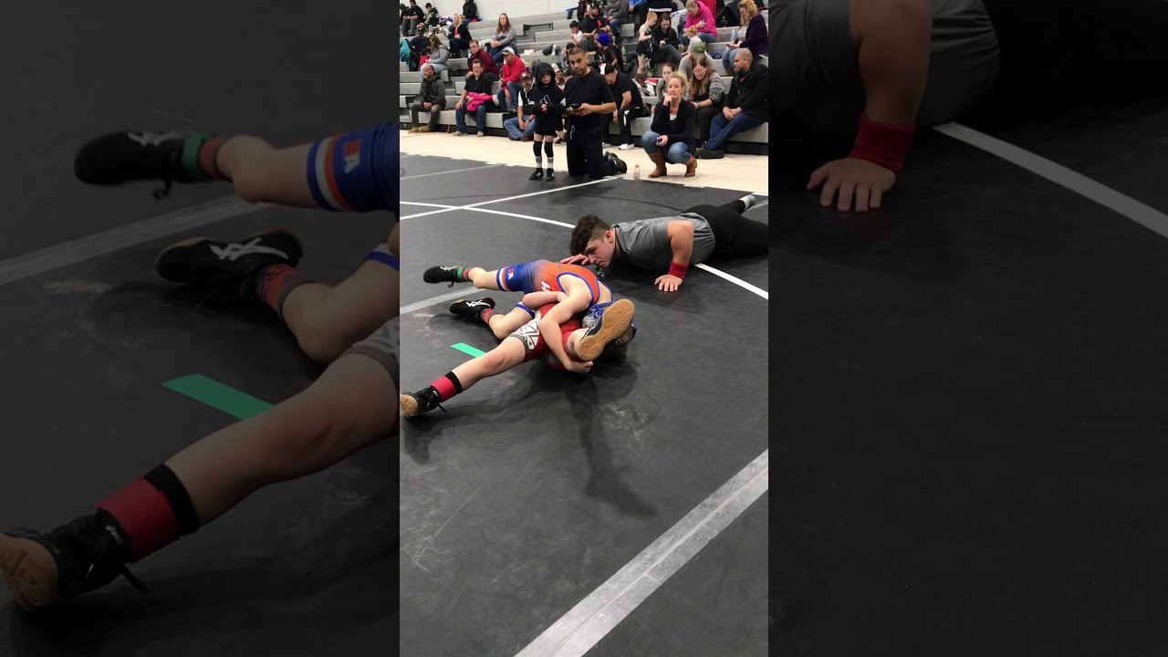 Two-year-old attacks sisters wrestling opponent during