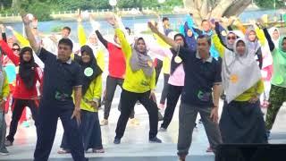 Download Video Senam Kun Anta Dalam Rangka Peringatan Hari Ayah dan Ibu Ke 11 dan 89 di Kab Siak Prov Riau Tahun 20 MP3 3GP MP4