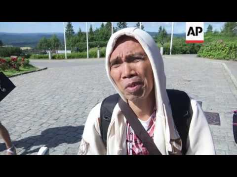 Freed rebels join Philippine peace talks in Oslo