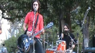 """DELTA MEJANA  """"Lejos del miedo"""" (en vivo) Plaza Francia"""