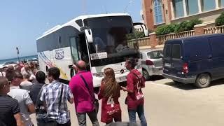 I tifosi del Trapani salutano la squadra in partenza per Piacenza