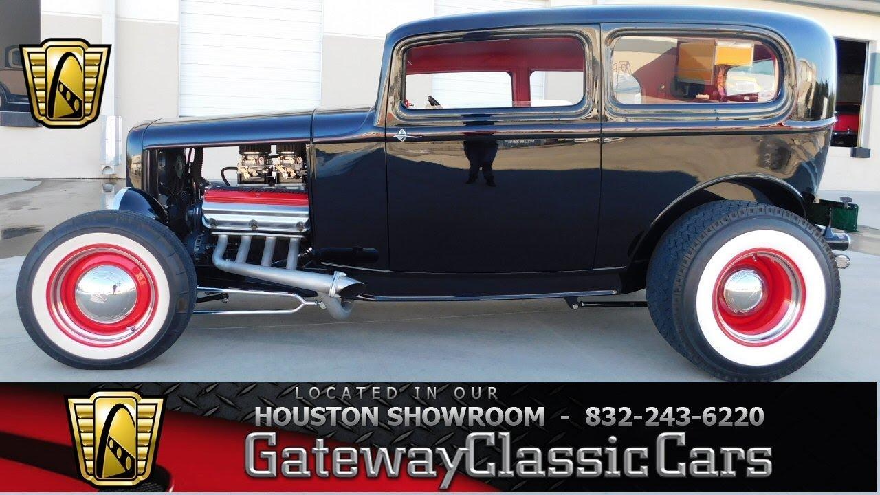1932 Ford 2 Door Sedan Gateway Classic Cars #946 Houston Showroom ...