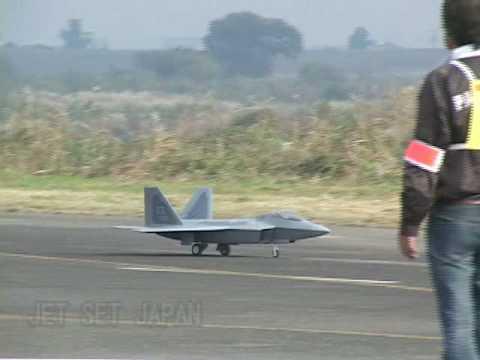 F22ラプターの飛行(JET SET JAPAN)