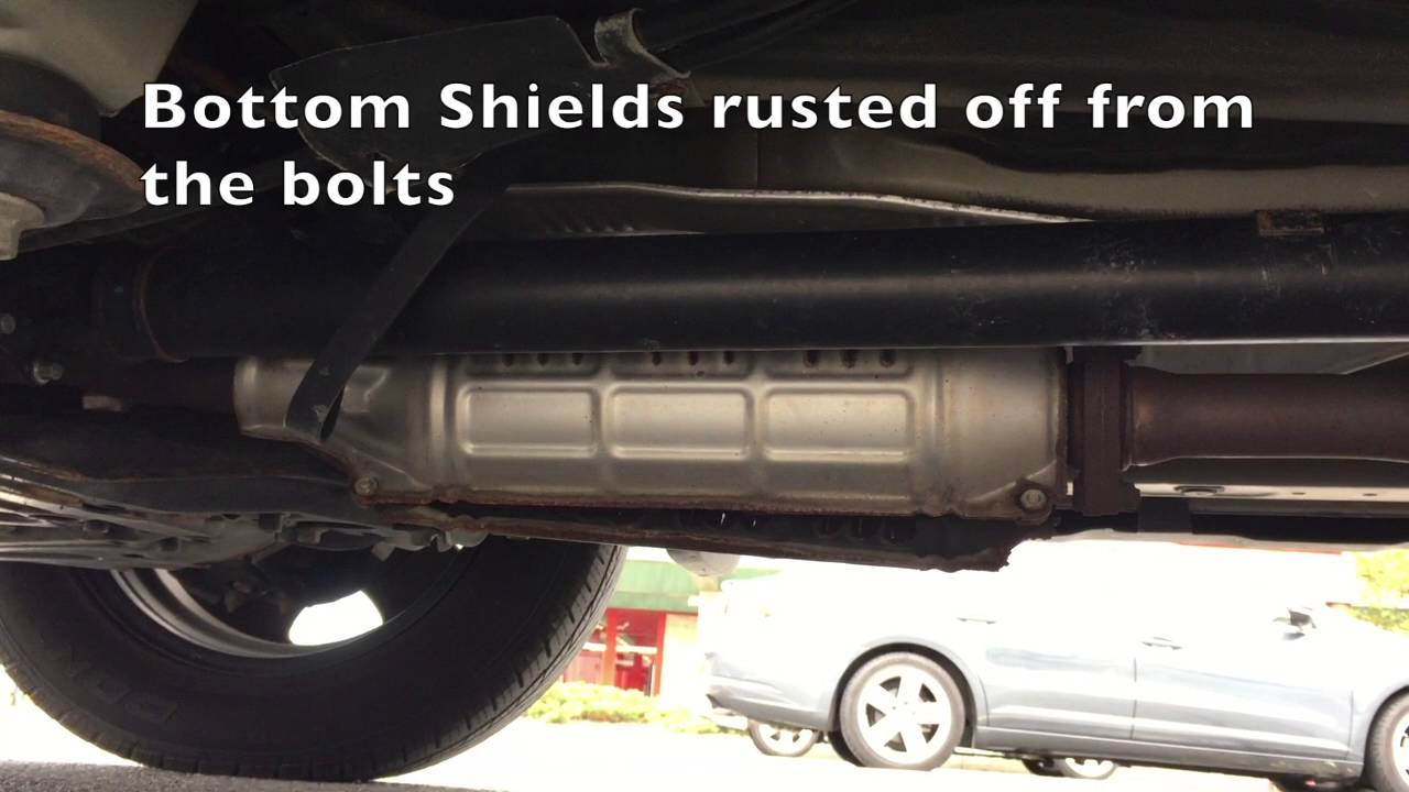 How to stop rusted Heat Shield Rattle on a 2009 Honda CRV  YouTube