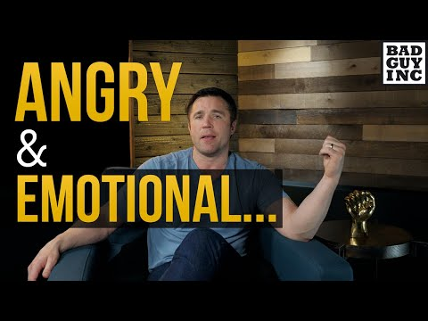 Is angry and emotional a bad thing? (Joanna Jedrzejczyk vs  Weili Zhang)