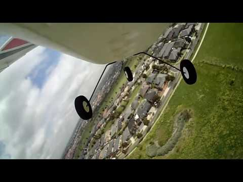 E-Flite Apprentice ATTACKING BIRD GRABS TAIL PLANE!
