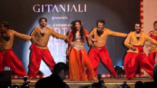 Vidya Balan performing in Kingdom of Dreams (Dirty Picture Event)