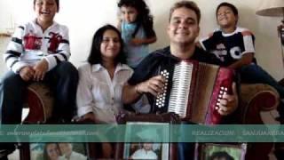 EMERSON PLATA FELICITA A NELSON VELASQUEZ POR SU CUMPLEAÑOS, 15-MARZO-2010