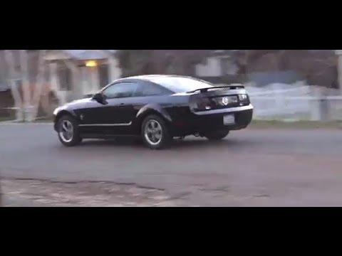 mustang 2006 v6 black manual youtube rh youtube com 2013 Mustang Manual Transmission Ford Mustang Manual Transmission