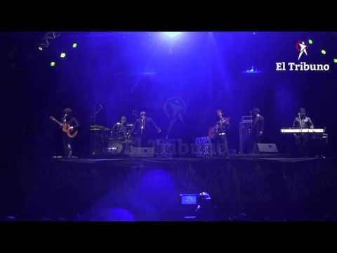 Los Huayra cantaron en el Carrileñazo
