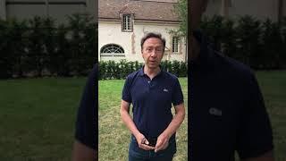 Stéphane Bern apporte son soutien au projet patrimonial du château de La Barben