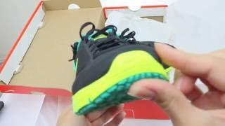61ca0c737d6d WMNS Nike Air Max Sequent 719916-013 Black   Volt - Clear Jade - unboxing