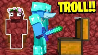 TROLLING MY BOYFRIEND IN MINECRAFT ! (Invisible in the NETHER!) | Minecraft Little Kelly Survival