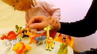 Маленькие игрушки. Дикие Животные и Динозавры. Реалистичные Фигурки. развивающие игры для детей.