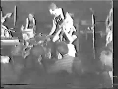 DEVO - Booji Boy ( maybe first appearance in live ! )